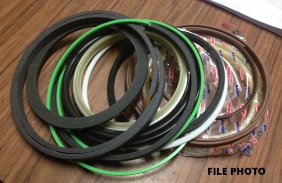 caterpillar e300 boom cylinder seal kit 387974 001