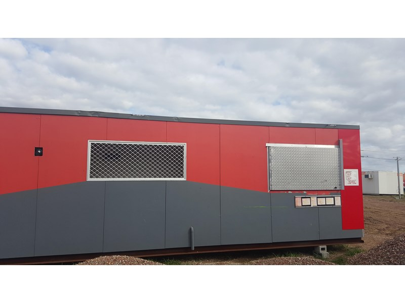 e i group portables used 11m x 1.8m 392589 008