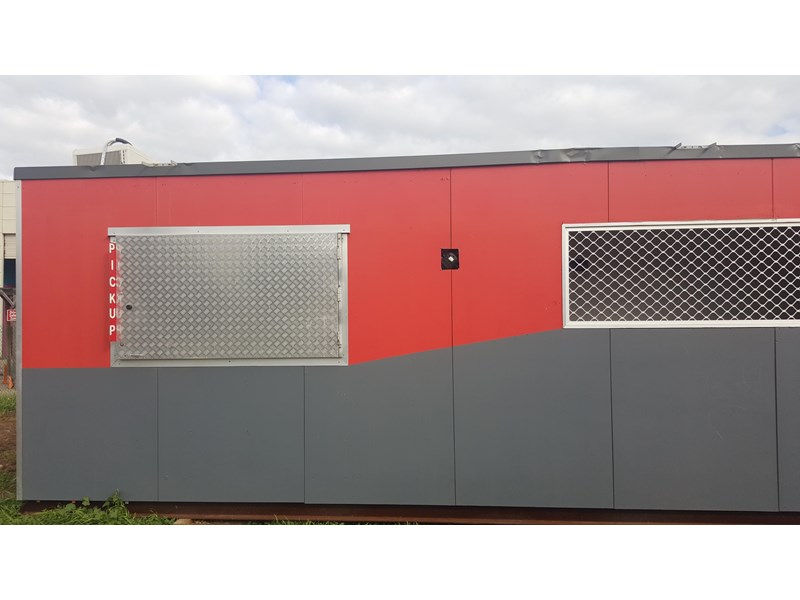 e i group portables used 11m x 1.8m 392589 009