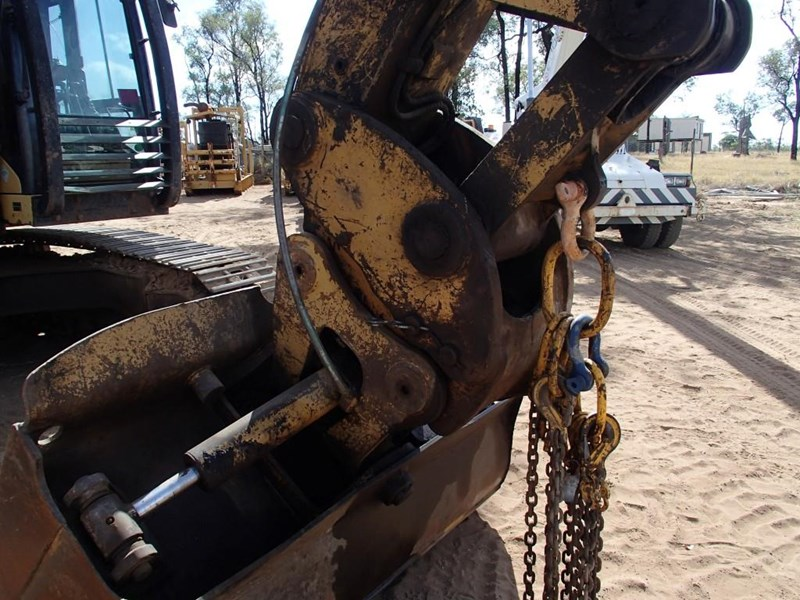 caterpillar 325dl 393698 006