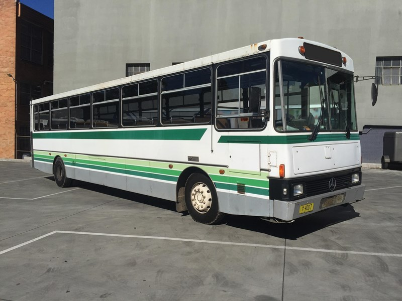 mercedes-benz oc1617 bus, 1984 model 393733 002