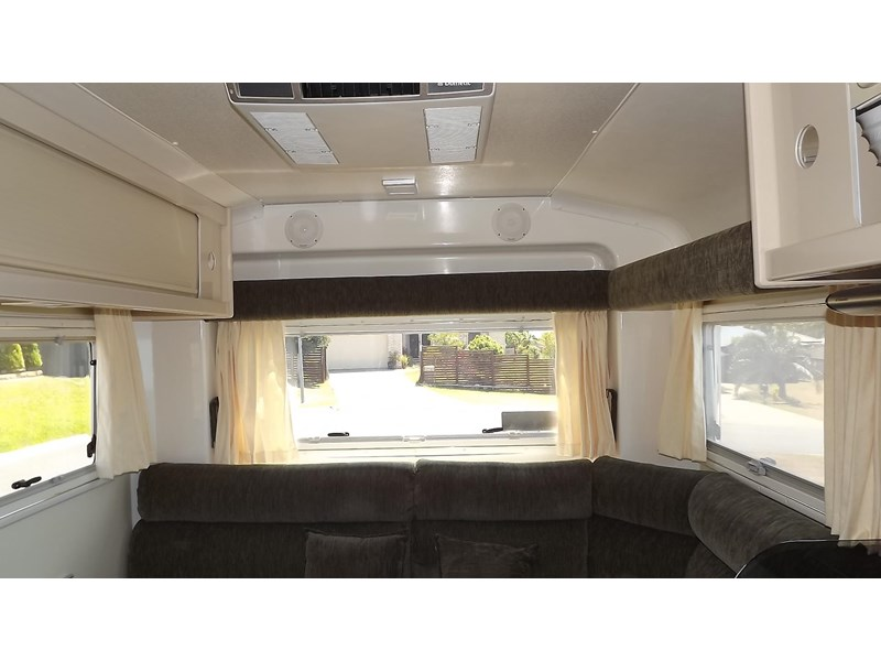 travelhome macquarie 29ft 395292 007