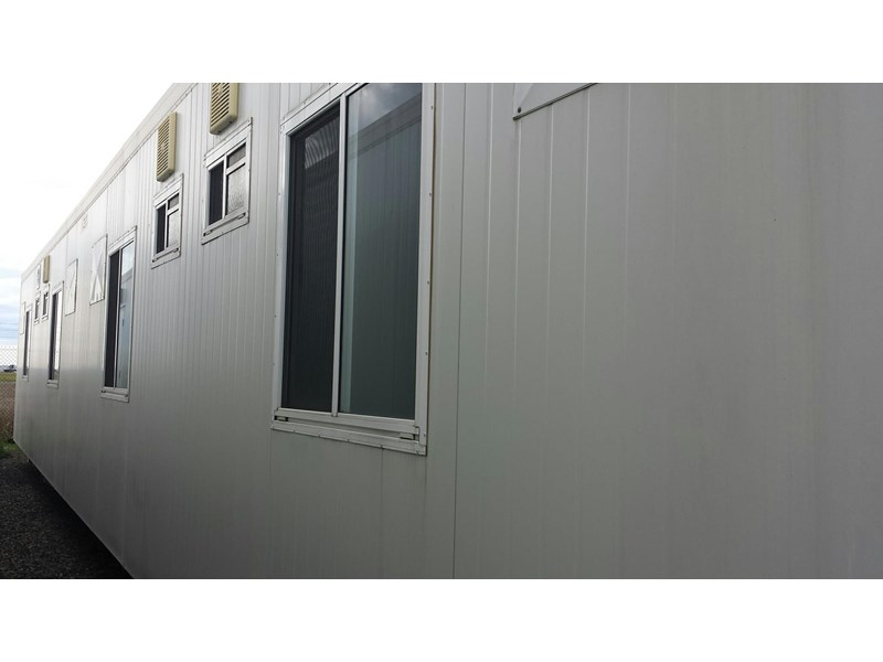 mcgregor 14.4m x 3.0m 4 bedroom ensuited bunkhouse 196011 006