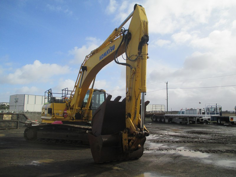 komatsu pc300-8 (also available for hire) 396289 004