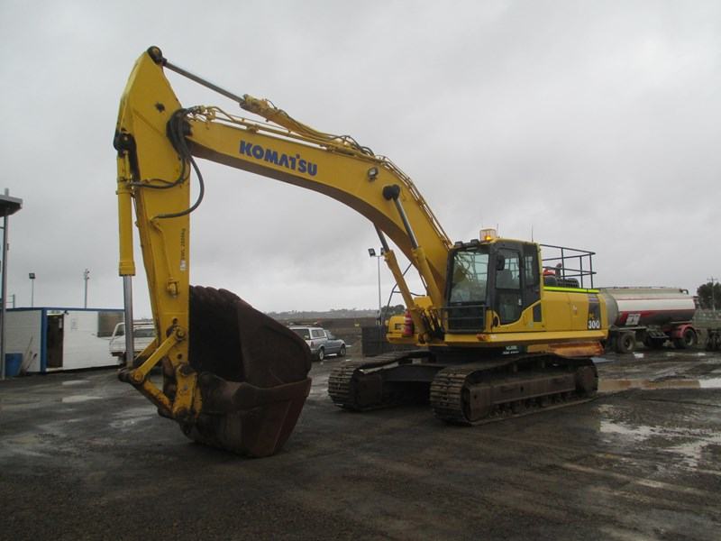 komatsu pc300-8 (also available for hire) 396289 006