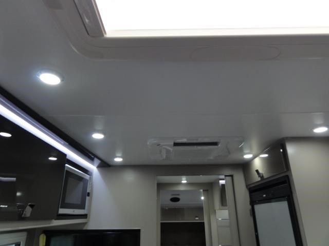 lotus caravans trooper 22' 398599 024
