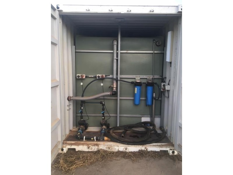container clean water tank 399077 001