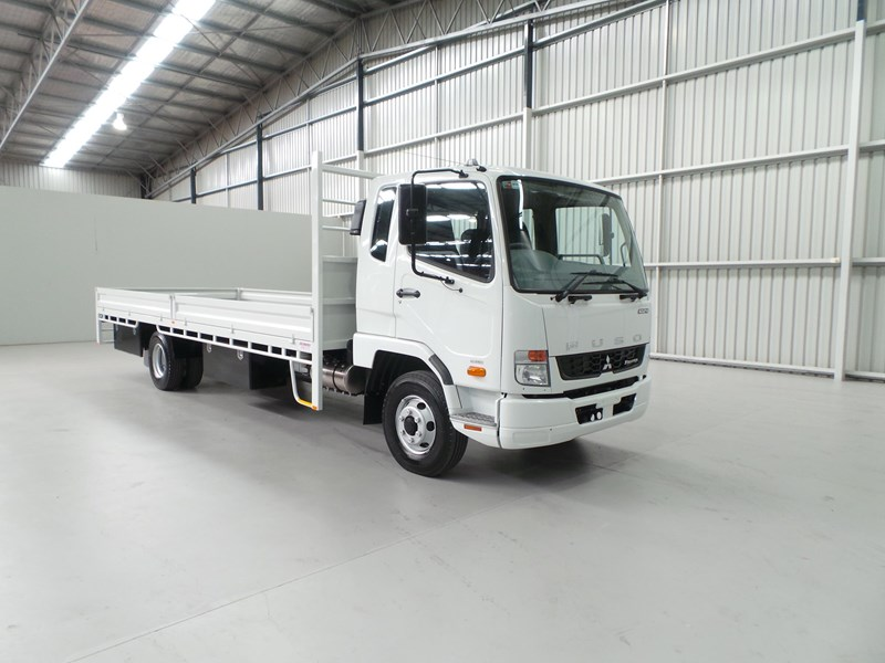 fuso fighter 1024 399163 007