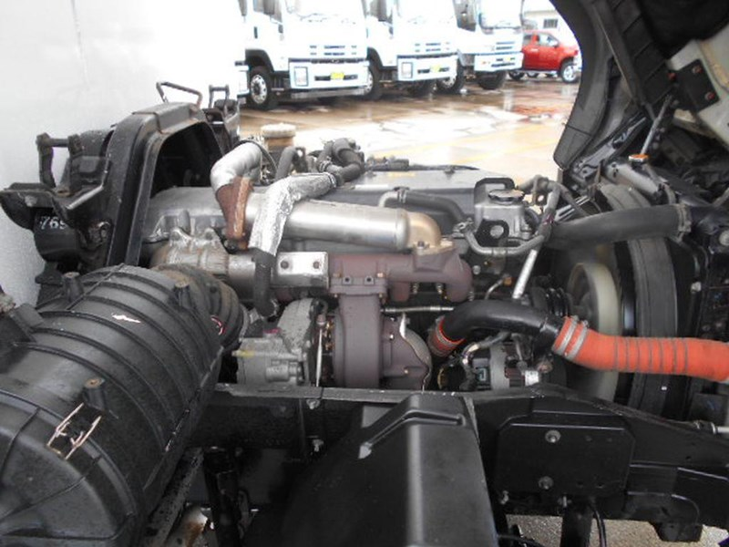 isuzu frr600 long 395390 018