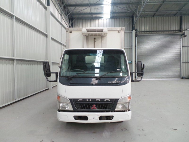 fuso canter fe73b 397039 008