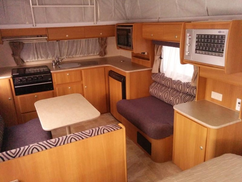 jayco discovery pop top 404259 007