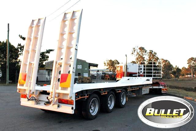 bullet machinery drop deck with ramps 292104 017