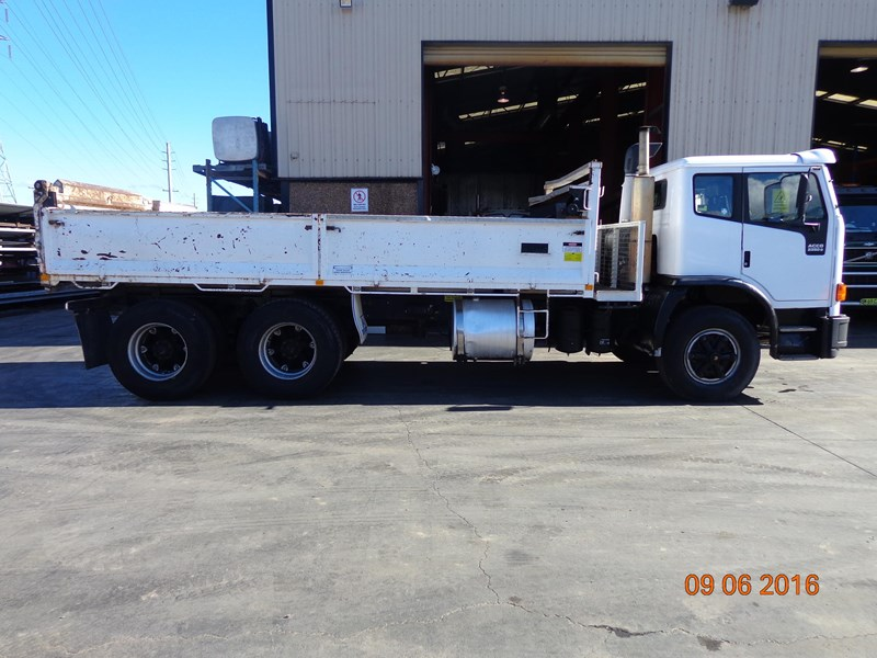 iveco acco 2350g 406956 005