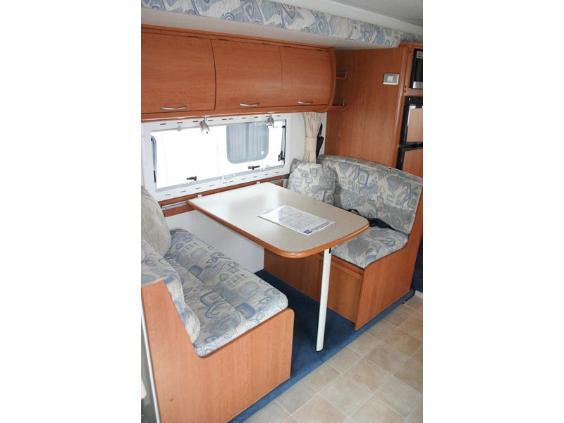 winnebago (avida) freewind 407468 006