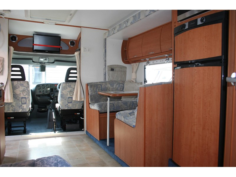 winnebago (avida) freewind 407468 004