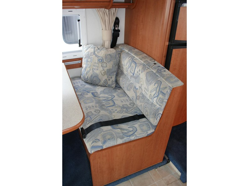 winnebago (avida) freewind 407468 022