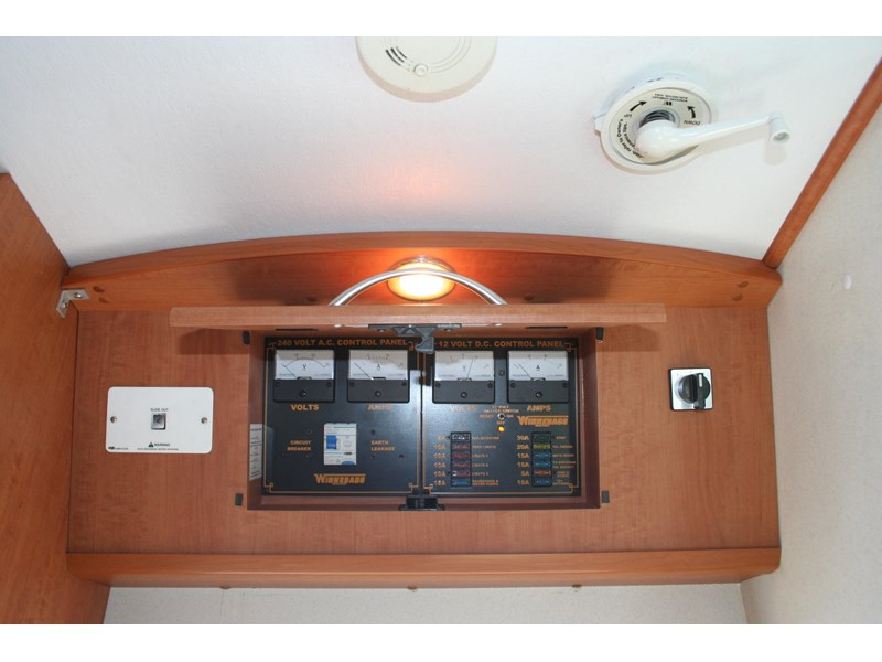winnebago (avida) freewind 407468 025