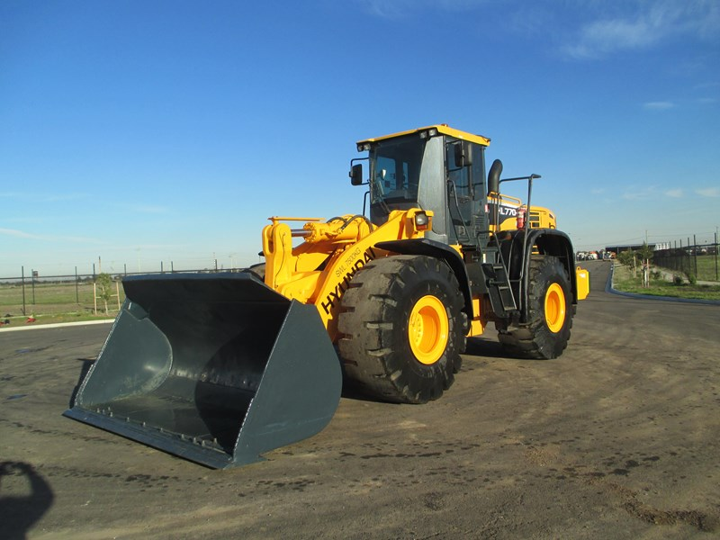 hyundai hl770-9 (also available for hire) 407765 012