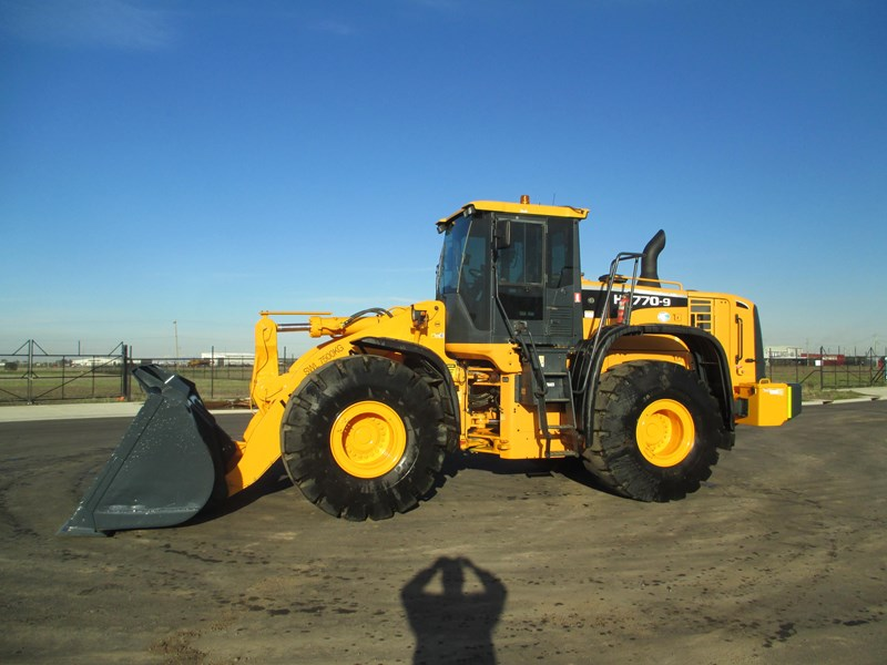 hyundai hl770-9 (also available for hire) 407765 016
