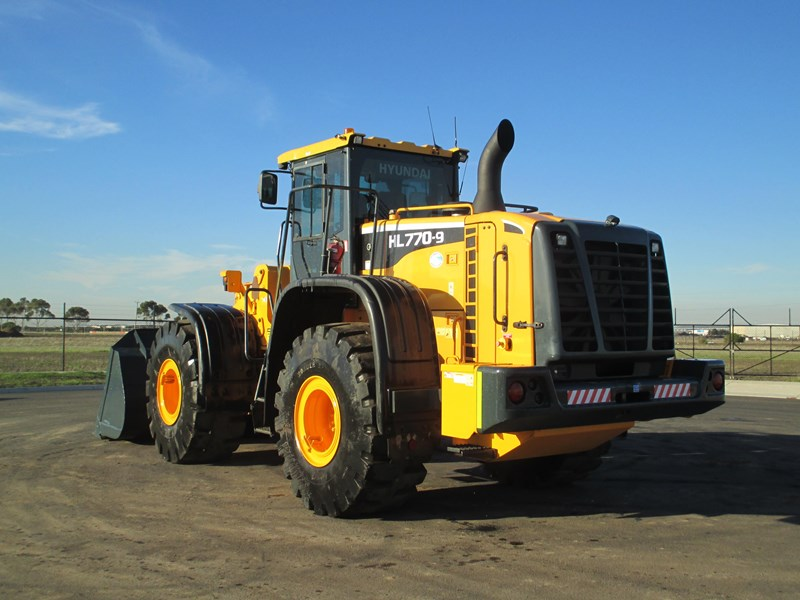 hyundai hl770-9 (also available for hire) 407765 011