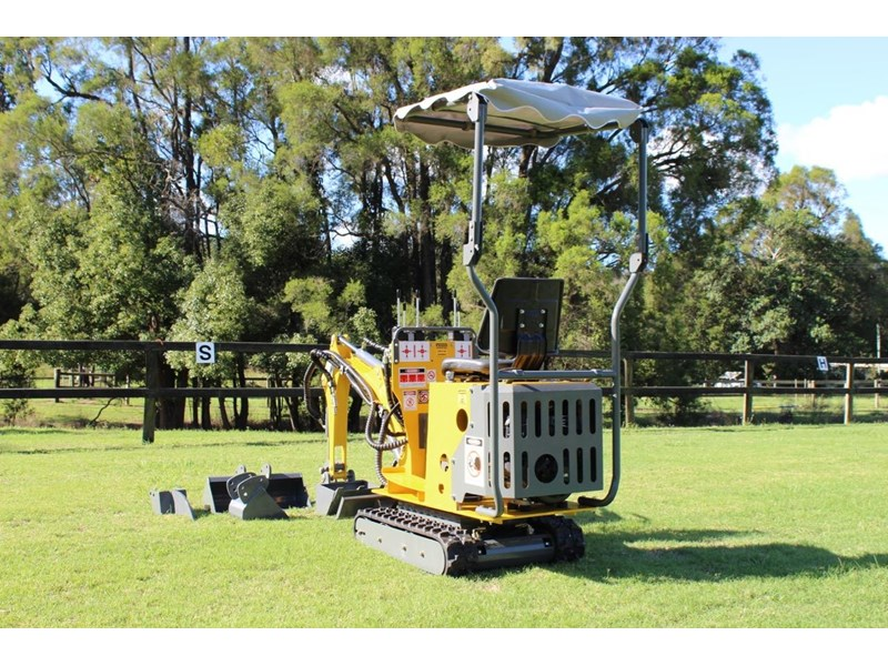 ozziquip mini digger tiger 407811 001