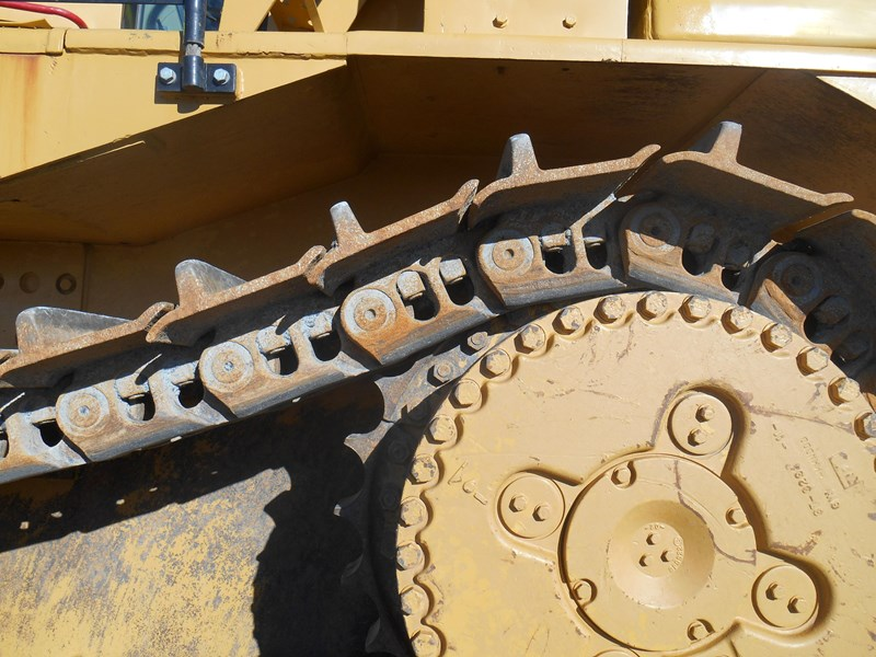 caterpillar d10r dozer 110327 014