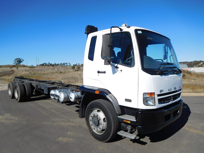 fuso fighter 14 411143 001