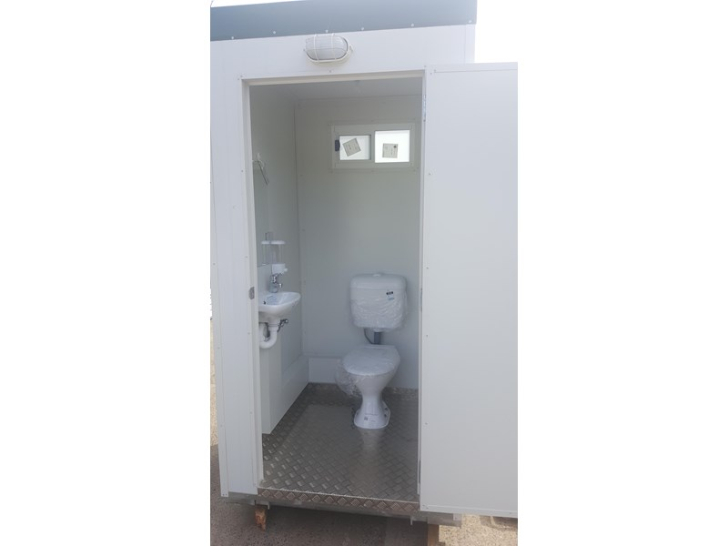 e i group portables 1.2m x 1.2m sewer connect portable toilet 411168 007