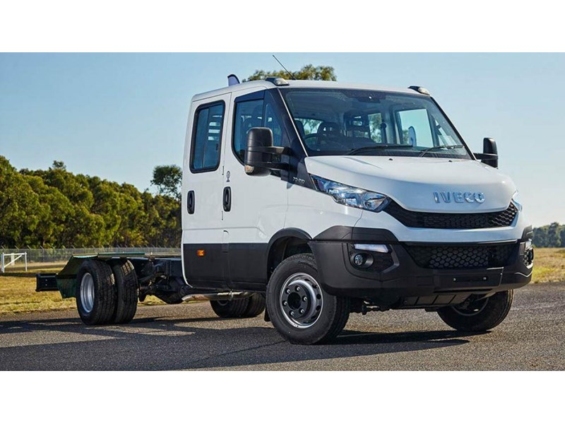 a9f0b1f461 iveco daily 70c17 411643 001