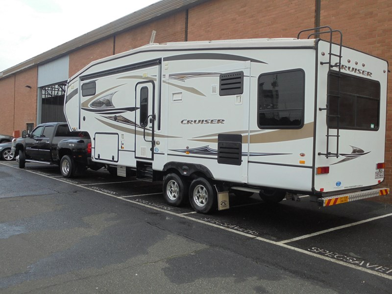 crossroads rv 2015 cruiser/ 2013 gmc 412156 003