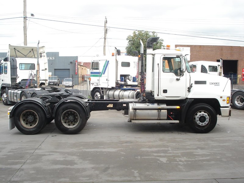 mack valueliner 411532 003
