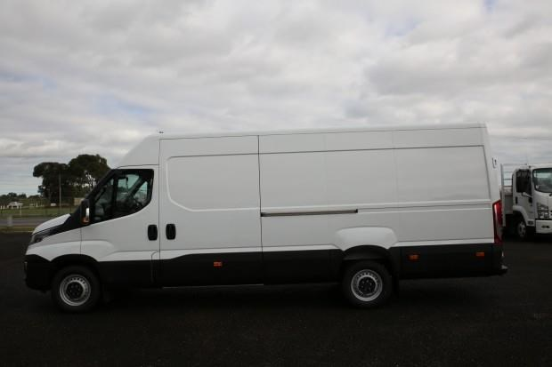 iveco daily 35s13 413442 008