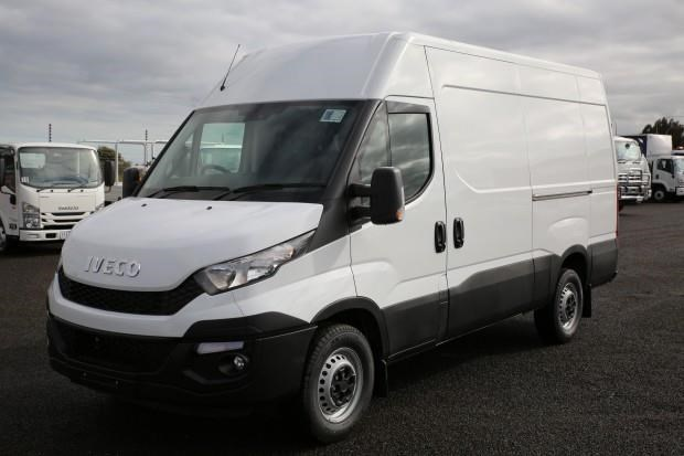 iveco daily 35s13 413449 001