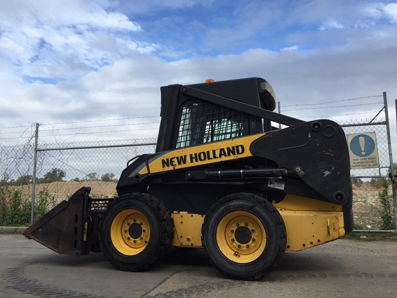 new holland l170 413525 003