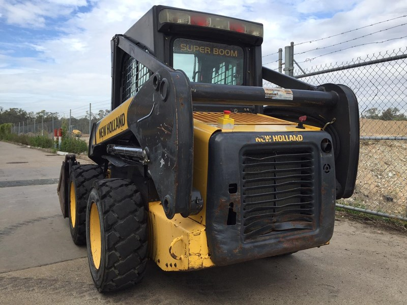 new holland l170 413525 010