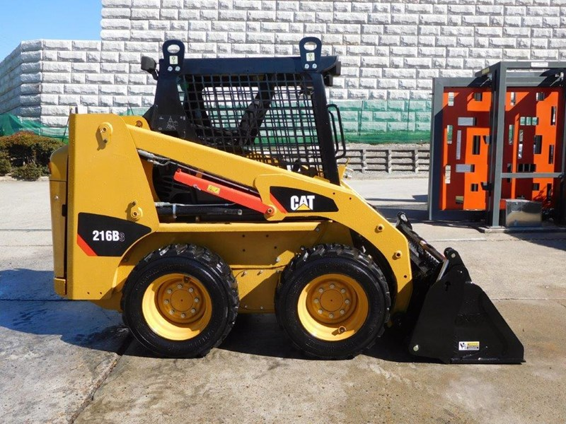 caterpillar #2229 216b.3 cat 216.b3 skid steer loader [47 hp][demo machine with only 172.6 hours] [machcat] 413736 004