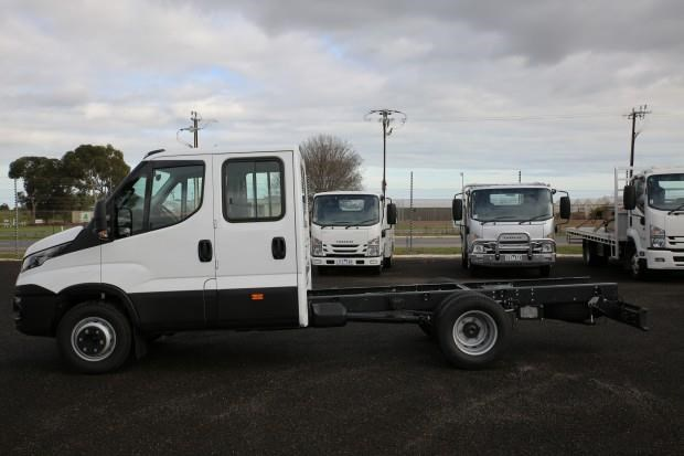 iveco daily 70c21 413445 008