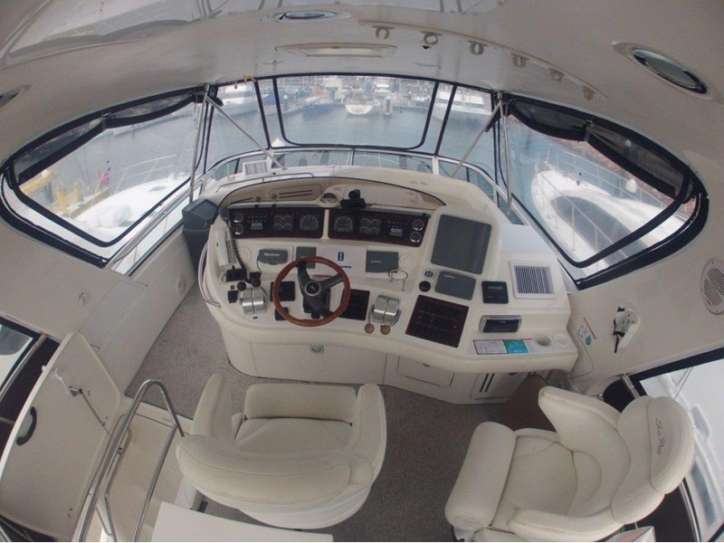 sea ray 48 flybridge 236112 030