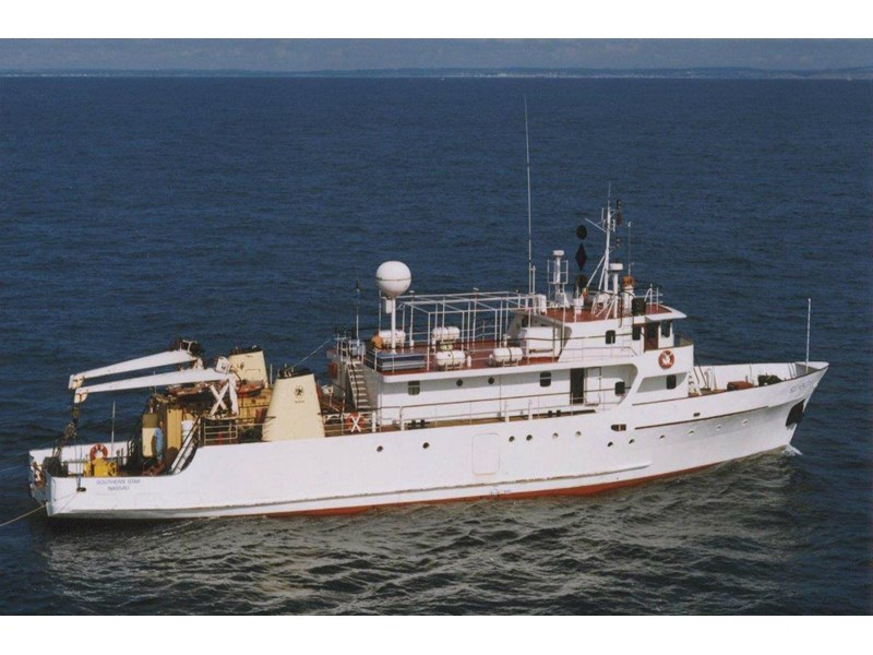 custom steel 36m supply/support ship 157750 004