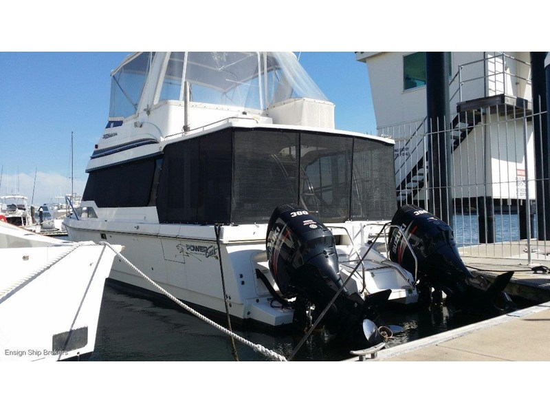powercat 3800 flybridge 375422 021