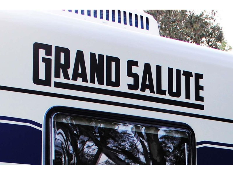 grand salute royal guard 22ft off road 417270 002