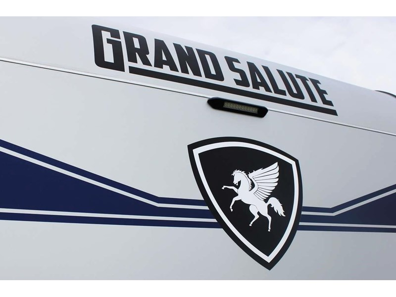 "grand salute duke 18ft 10"" semi off road 417273 002"