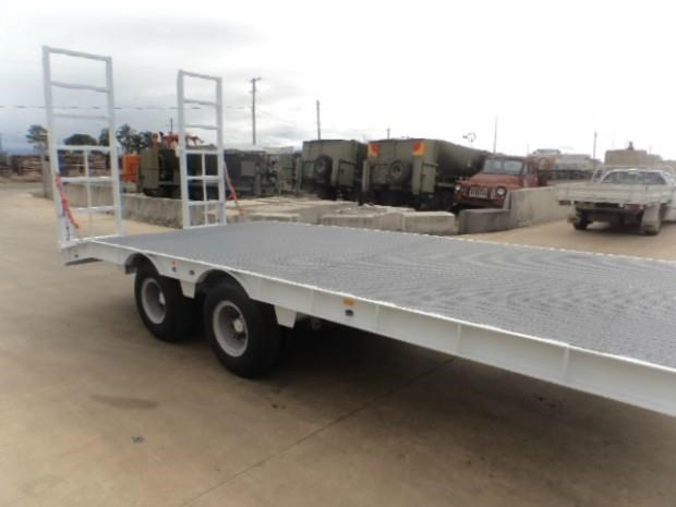 custom tag / plant trailer 407702 030