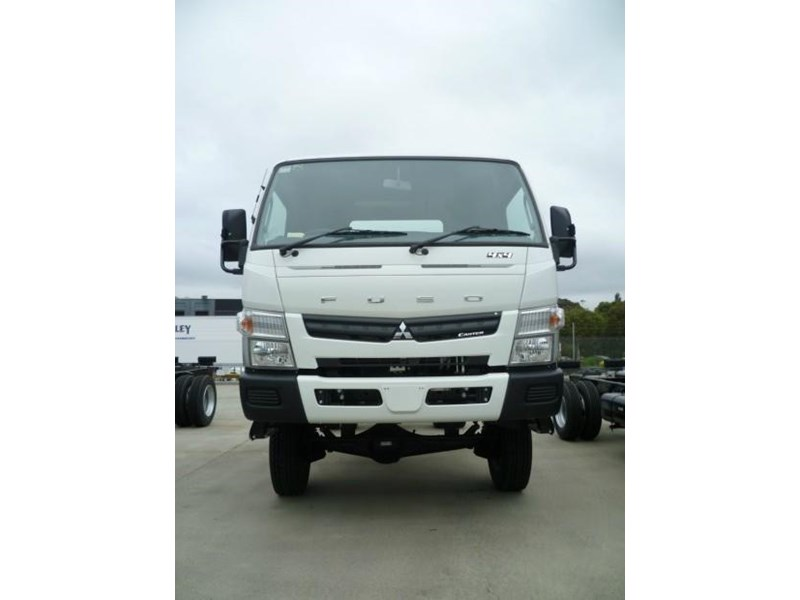 fuso canter 364869 002