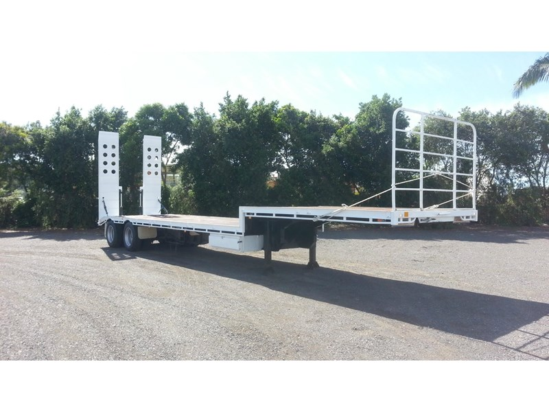 freightmaster drop deck w/ ramps 360268 001