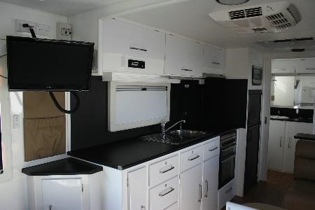 retreat caravans brampton 418905 009