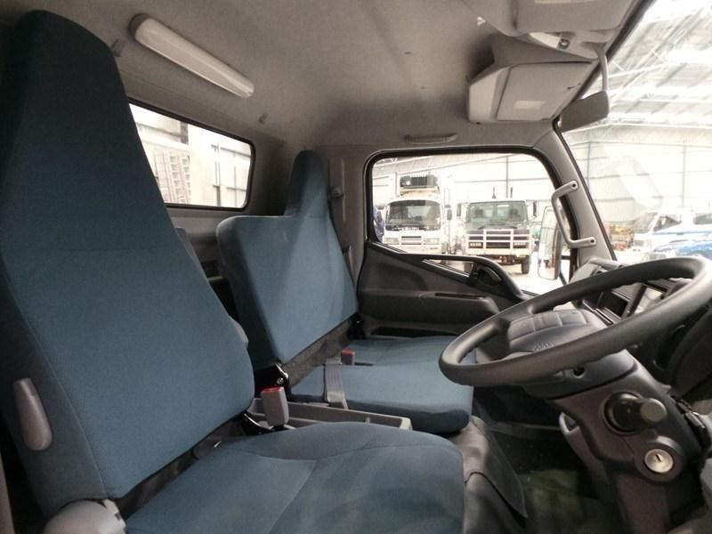fuso canter 515 wide cab 379642 037