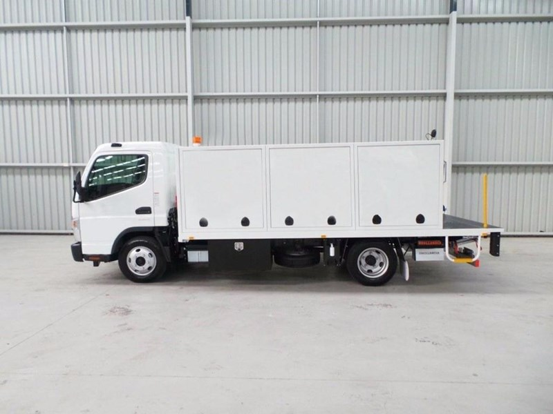 fuso canter 515 wide cab 345858 020
