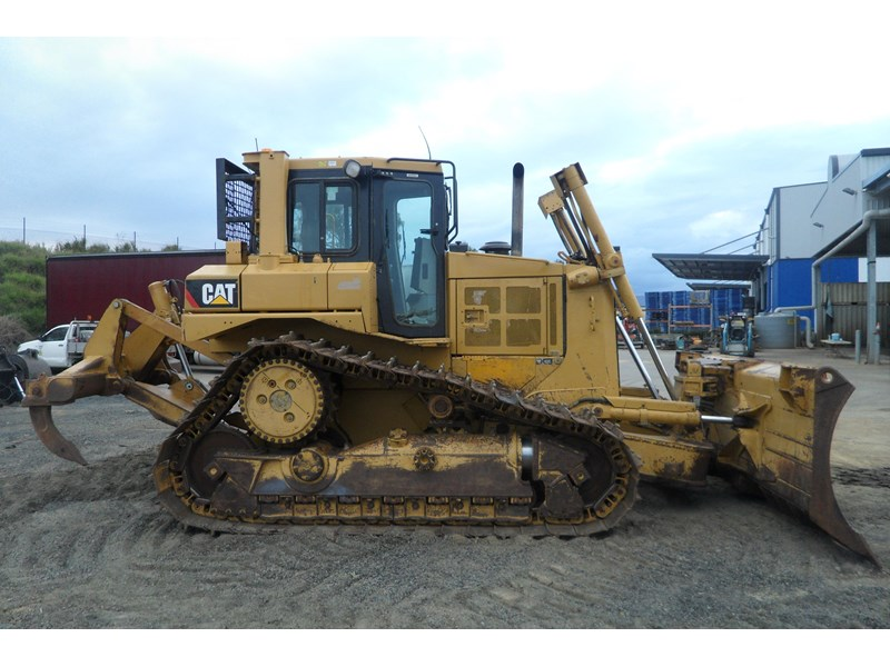 caterpillar d6t xw 395213 005