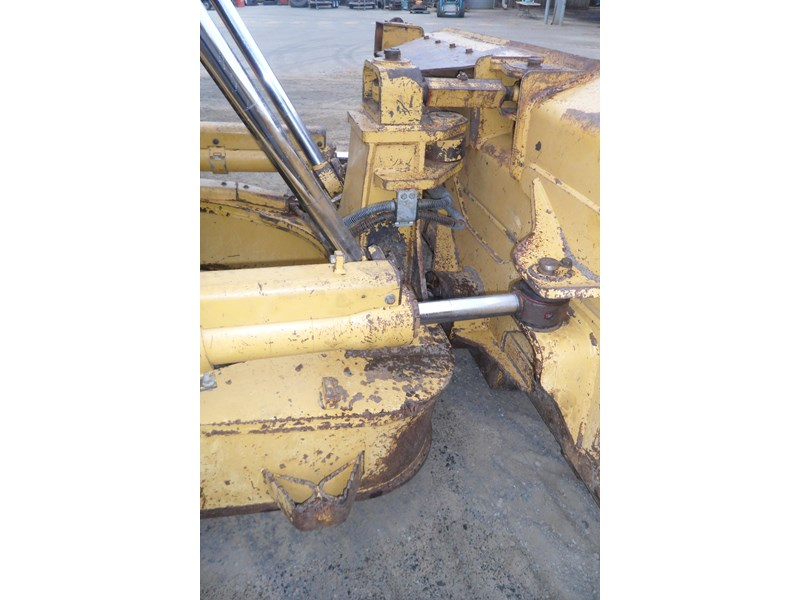 caterpillar d6t xw 395213 010